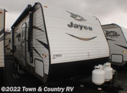 New 2018  Jayco Jay Flight SLX 224BH by Jayco from Town & Country RV in Clyde, OH