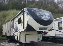 Used 2014  Keystone Avalanche 361TG by Keystone from Trailer City, Inc. in Whitehall, WV