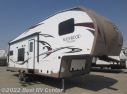 New 2017  Forest River Rockwood Signature Ultra Lite 8280WS 4 Auto Level / Rear Kitchen by Forest River from Best RV Center in Turlock, CA