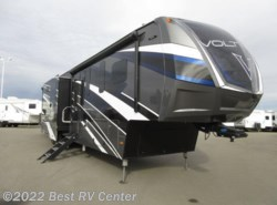 New 2017  Dutchmen Voltage EPIC 3970 Full Body Paint /6 Pt. Hydraulic/Ramp Do by Dutchmen from Best RV Center in Turlock, CA