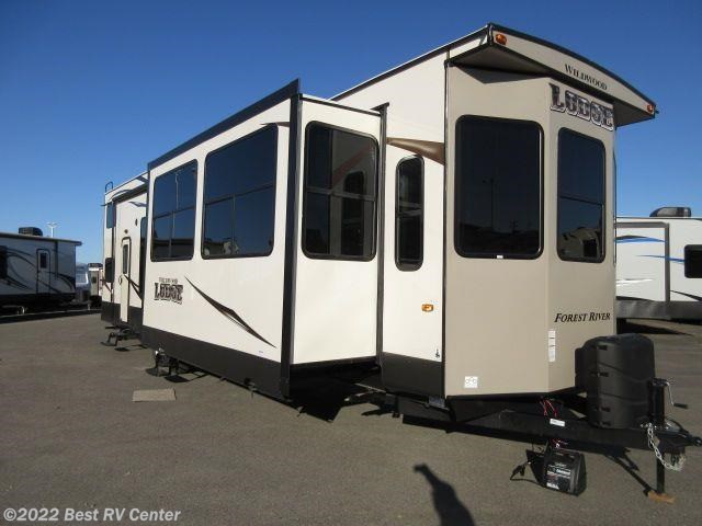 Park model 2018 forest river wildwood lodge 4092bfl 2 for Rv with loft