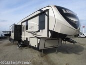 2018 Keystone Laredo 325RL Out Door Kitchen & Entertainment/3 S ELECTRI