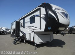 New 2018  Keystone Avalanche 330GR Five Slide Outs /6 POINT HYDRAULIC AUTO LEVE by Keystone from Best RV Center in Turlock, CA