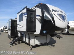 New 2018 Keystone Avalanche 380FL Front Living / 6 POINT HYDRAULIC AUTO LEVELI available in Turlock, California