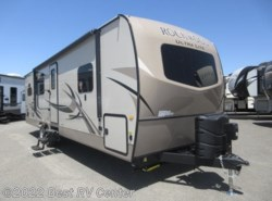 New 2019  Forest River Rockwood Ultra Lite 2902WS / Rear Kitchen/ 2 Slide Outs / Fire Place by Forest River from Best RV Center in Turlock, CA