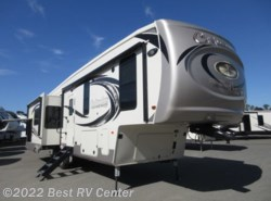 New 2019 Palomino Columbus 366RL Rear Living/ Two Kitchen Sinks/ Three Slide available in Turlock, California