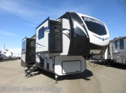 New 2019 Keystone Avalanche 382FL 6 Pt Hydraulic Auto Leveling/ Front Living/ available in Turlock, California