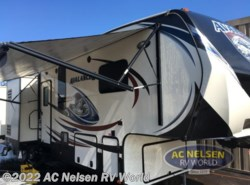 Used 2015  Keystone Avalanche 360RB by Keystone from AC Nelsen RV World in Shakopee, MN