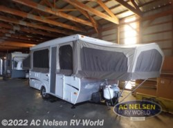 Used 2006  Starcraft  CENTENIAL 3688 by Starcraft from AC Nelsen RV World in Shakopee, MN