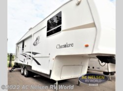 Used 2005  Forest River Cherokee Cascade M305L