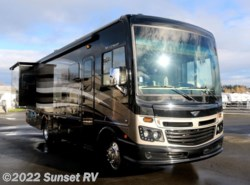 New 2017  Fleetwood Bounder 33C by Fleetwood from Sunset RV in Fife, WA