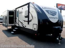 New 2018  Prime Time LaCrosse Luxury Lite 327 RES by Prime Time from Sunset RV in Bonney Lake, WA