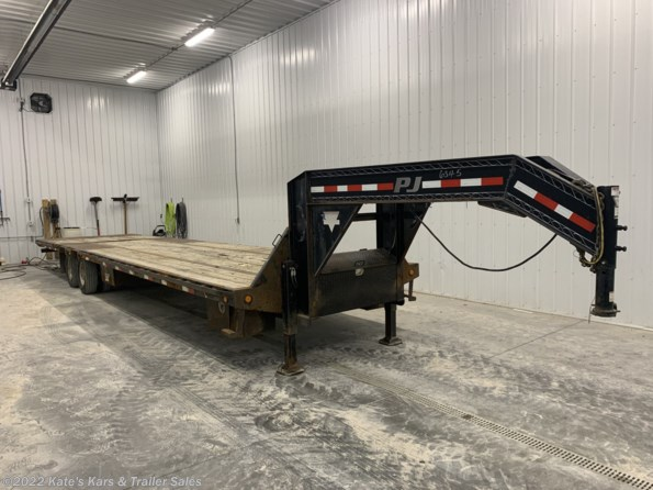 2014 PJ Trailers Used PJ LY36 Hydro Dovetail W/Air Ride available in Arthur, IL