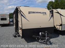 Used 2016  Gulf Stream StreamLite Ultra Lite 19 FMB Special Value Trailer