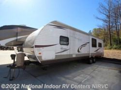 Used 2013  Coachmen Catalina 31RLS by Coachmen from National Indoor RV Centers in Lawrenceville, GA