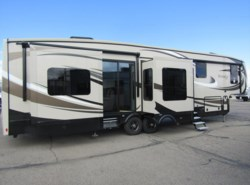 New 2017  Jayco Pinnacle 38REFS by Jayco from First Choice RVs in Rock Springs, WY