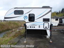 Used 2016  Palomino Real-Lite Truck Campers Hard Side HS-1801 by Palomino from U-Neek RV Center in Kelso, WA