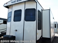 New 2019  Sierra  401FLX by Sierra from Midway Homes & RV in Grand Rapids, MN
