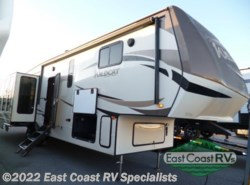 New 2018  Forest River Wildcat 34WB by Forest River from East Coast RV Specialists in Bedford, PA