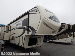 Used 2014  Keystone Montana 3725RL by Keystone from Alliance Coach in Lake Park, GA