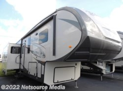 Used 2014  Forest River Blue Ridge 3025RL