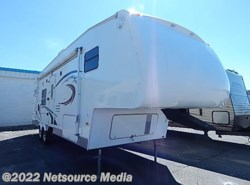 Used 2007  Dutchmen Victory Lane  by Dutchmen from Alliance Coach in Lake Park, GA
