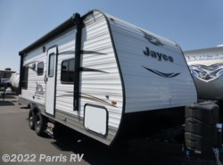 Used 2017  Jayco Jay Flight SLX 212QBW by Jayco from Parris RV in Murray, UT