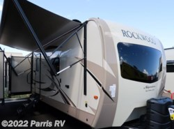 New 2018  Forest River Rockwood Signature Ultra Lite 8329SS by Forest River from Parris RV in Murray, UT