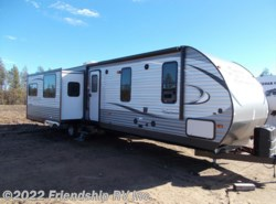 Used 2017  Coachmen Catalina 333RETS by Coachmen from Friendship RV Inc. in Friendship, WI