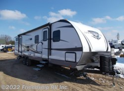 New 2017  Highland Ridge Ultra Lite 3110BH by Highland Ridge from Friendship RV Inc. in Friendship, WI