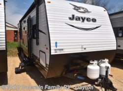 New 2017  Jayco Jay Flight SLX 32BDSW by Jayco from Colerain RV of Dayton in Dayton, OH