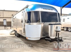 New 2017  Airstream International Signature 25FB by Airstream from Vogt Family Fun Center  in Fort Worth, TX