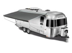 New 2018  Airstream Flying Cloud 26RB Twin by Airstream from Vogt Family Fun Center  in Fort Worth, TX