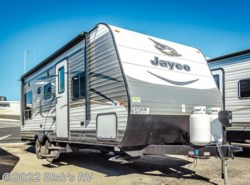 New 2017  Jayco Jay Flight 21QB ELITE by Jayco from Bish's RV Supercenter in Nampa, ID