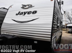 New 2017  Jayco Jay Flight 23RB by Jayco from Vogt RV Center in Ft. Worth, TX