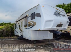 Used 2010  Jayco  305 RLS by Jayco from Vogt RV Center in Ft. Worth, TX
