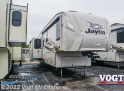 New 2018  Jayco Eagle Fifth Wheels 317RLOK by Jayco from Vogt RV Center in Ft. Worth, TX