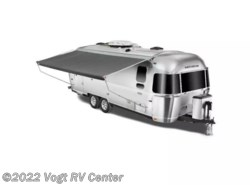 New 2018  Airstream Flying Cloud 26RB by Airstream from Vogt RV Center in Ft. Worth, TX