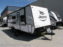 New 2018  Jayco Jay Feather 7 22BHM by Jayco from Vogt RV Center in Ft. Worth, TX
