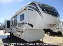 Used 2013  Keystone Alpine 3650 RL by Keystone from PPL Motor Homes in New Braunfels, TX