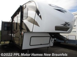 Used 2015  Keystone Cougar 29RET by Keystone from PPL Motor Homes in New Braunfels, TX