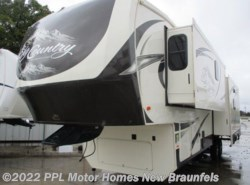 Used 2015 Heartland RV Big Country 3450TS available in New Braunfels, Texas
