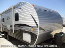 Used 2016  CrossRoads Z-1 228RR by CrossRoads from PPL Motor Homes in New Braunfels, TX