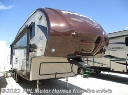 Used 2014 Shasta Phoenix Rise 27RL available in New Braunfels, Texas