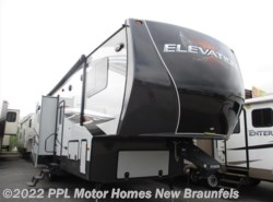 Used 2015  CrossRoads Elevation SPEEDWAY by CrossRoads from PPL Motor Homes in New Braunfels, TX