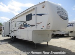 Used 2009  Heartland RV Bighorn 3385RL by Heartland RV from PPL Motor Homes in New Braunfels, TX