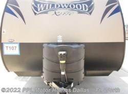 Used 2014  Forest River Wildwood Xlt 252RLXL by Forest River from PPL Motor Homes in Cleburne, TX