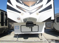 Used 2014  Keystone Fuzion 331 by Keystone from PPL Motor Homes in Cleburne, TX