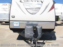 Used 2013  CrossRoads Hill Country 32RL by CrossRoads from PPL Motor Homes in Cleburne, TX