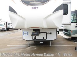 Used 2013 CrossRoads Cruiser 335SS available in Cleburne, Texas